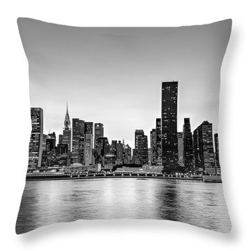 New York City Dusk Colors Bw Throw Pillow by Susan Candelario