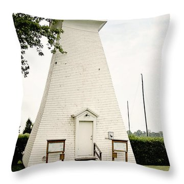Niagara On The Lake Lighthouse Throw Pillow by Scott Pellegrin