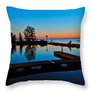 Northern Lights Throw Pillow by Frozen in Time Fine Art Photography