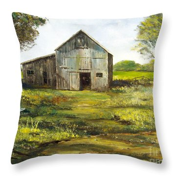 Old Barn Throw Pillow by Lee Piper