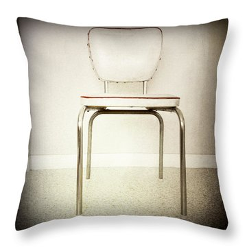 Old Chair Throw Pillow by Les Cunliffe