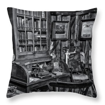 Old Fashioned Doctor's Office Bw Throw Pillow by Susan Candelario