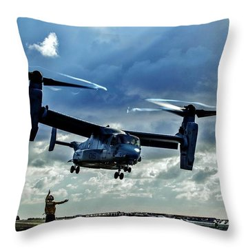 Osprey Approach Throw Pillow by Benjamin Yeager