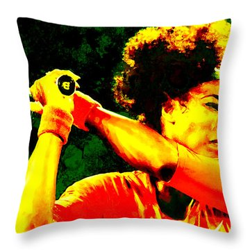 Serena Williams In A Zone Throw Pillow by Brian Reaves