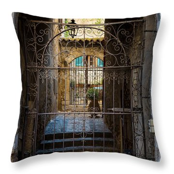 St Paul Courtyard Throw Pillow by Inge Johnsson