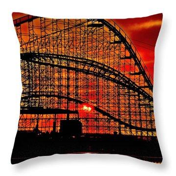 Sunrise Thru The Coaster Throw Pillow by Nick Zelinsky