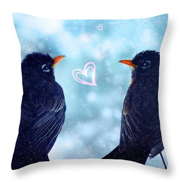 Young Robins In Love Throw Pillow by Lisa Knechtel
