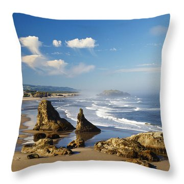 Morning Light Adds Beauty To Rock Throw Pillow by Craig Tuttle
