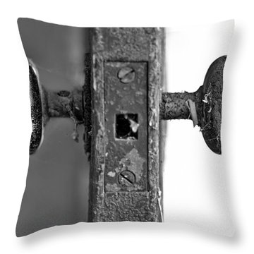 Between Throw Pillow by Evelina Kremsdorf