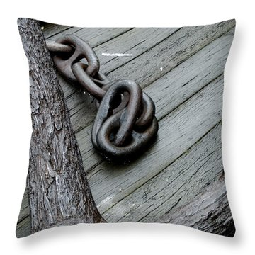 Close Up Of A Large Anchor And Chain Throw Pillow by Todd Gipstein