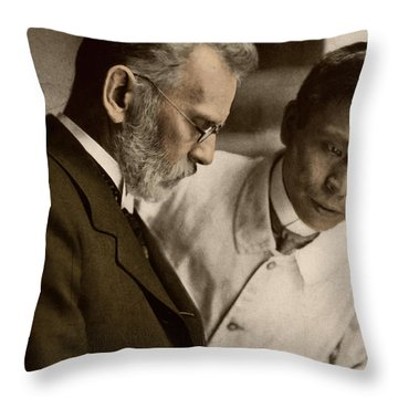 Ehrlich And Hata, Discoverers Throw Pillow by Science Source