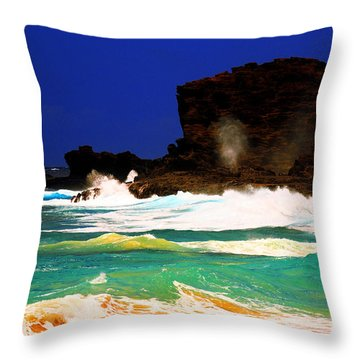 Halona Blowhole Throw Pillow by Cheryl Young