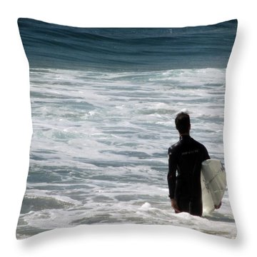 Looking For The Big One Throw Pillow by Laurie Search