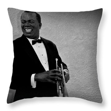 Louis Armstrong Bw Throw Pillow by David Dehner