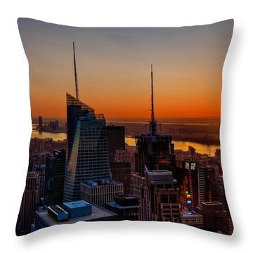 Nyc Sunset Throw Pillow by Susan Candelario