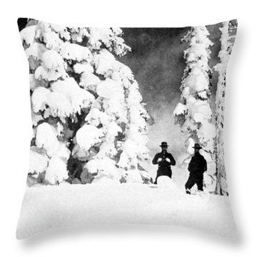 Paradise Inn, Mt. Ranier, 1917 Throw Pillow by Science Source