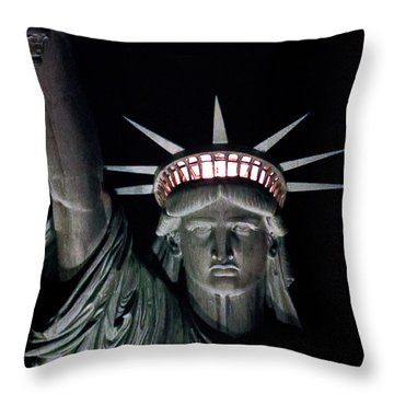 Statue Of Liberty Throw Pillow by David Pringle