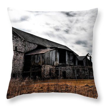 The Barn At Pawlings Farm Throw Pillow by Bill Cannon