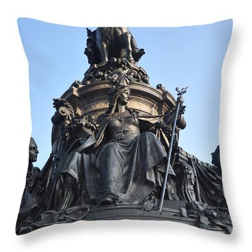 Washington Monument Philadelphia - Front View Throw Pillow by Bill Cannon