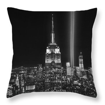 New York City Tribute In Lights Empire State Building Manhattan At Night Nyc Throw Pillow by Jon Holiday