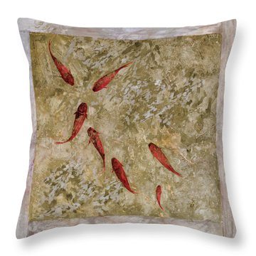7 Pesci Rossi E Oro Throw Pillow by Guido Borelli