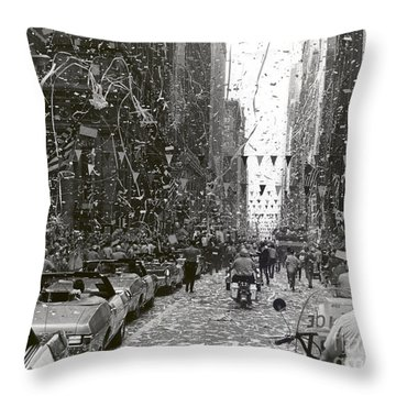 Chicago Welcomes Apollo 11 Astronauts Throw Pillow by Nasa