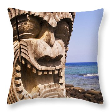 Close-up Of Kii Throw Pillow by Ron Dahlquist - Printscapes