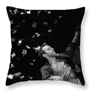 Coldplay9 Throw Pillow by Rafa Rivas