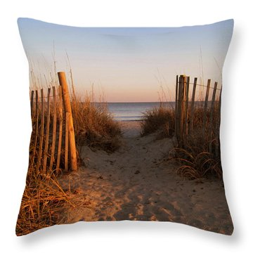 Early Morning At Myrtle Beach Sc Throw Pillow by Susanne Van Hulst