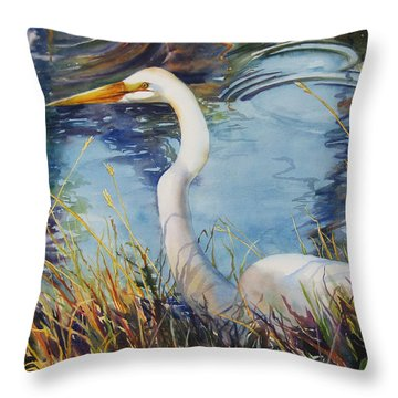 Egret In Cameron Marsh Throw Pillow by Sue Zimmermann
