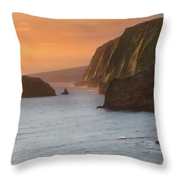 Hawaii Sunrise At The Pololu Valley Lookout 2 Throw Pillow by Larry Marshall