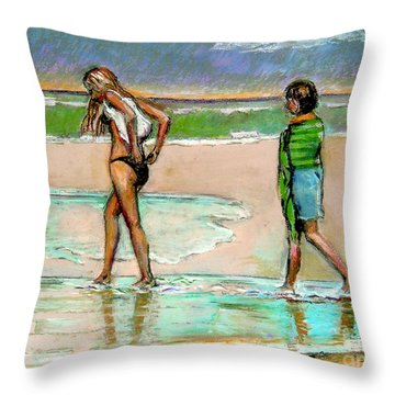 I Hope The Sun Comes Out Throw Pillow by Stan Esson