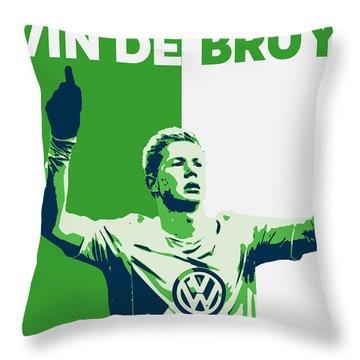 Kevin De Bruyne Throw Pillow by Semih Yurdabak