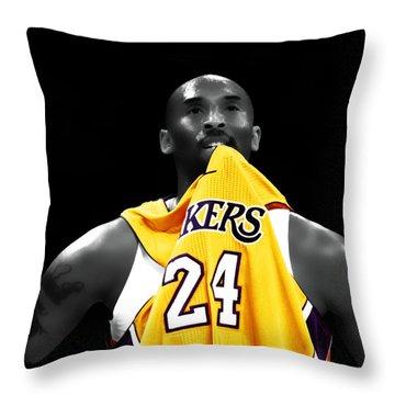 Kobe Bryant 04c Throw Pillow by Brian Reaves