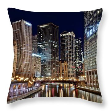 River View Of The Windy City Throw Pillow by Frozen in Time Fine Art Photography