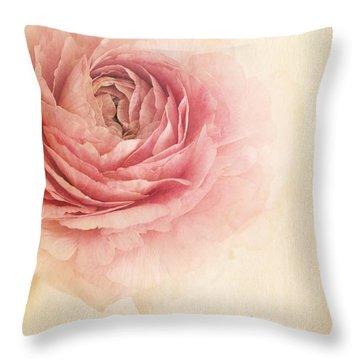 Sogno Romantico Throw Pillow by Priska Wettstein
