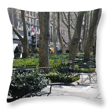 Sunny Morning In The Park Throw Pillow by Rob Hans