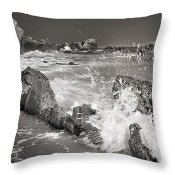 The Wave Throw Pillow by Guido Montanes Castillo