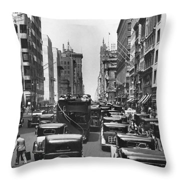 Traffic On Fifth Avenue Throw Pillow by Underwood Archives