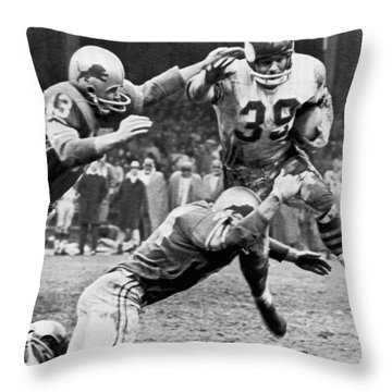 Viking Mcelhanny Gets Tackled Throw Pillow by Underwood Archives
