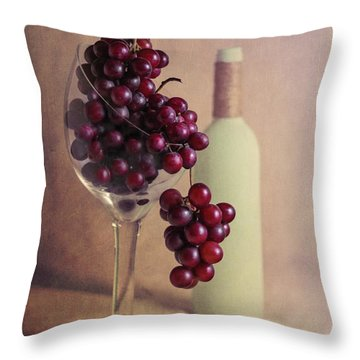 Wine On The Vine Throw Pillow by Tom Mc Nemar