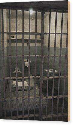 A Cell In Alcatraz Prison Wood Print by RicardMN Photography