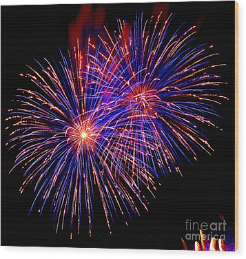 Most Spectacular Fireworks Selection - Worldwide Championship - Montreal Wood Print by Emma Lambert