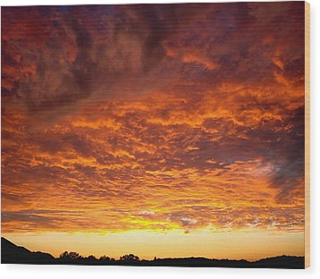 Sunset Ablaze Wood Print by James Hammen