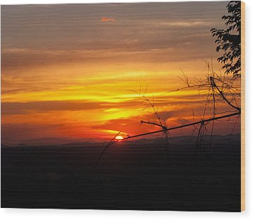 Sunset Wood Print by Nawarat Namphon