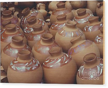 Water Pots Wood Print by Sue Sill