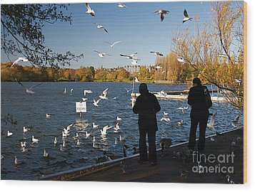 London Scenes Wood Print by ELITE IMAGE photography By Chad McDermott