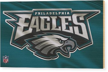 Philadelphia Eagles Uniform Wood Print by Joe Hamilton