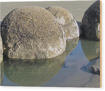 Moeraki Boulders Wood Print by Joyce Woodhouse