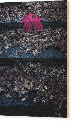 Red Gloves Wood Print by Joana Kruse